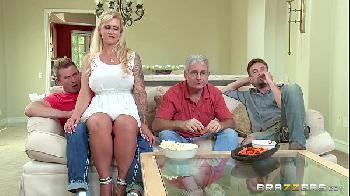 Comendo a sogra do lado do corno - Ryan Conner - Brazzers - milf