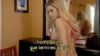 Transando com minha madrasta milf porno legendado em espanhol