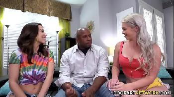 negrão comendo duas mulheres safadas - Kay Carter And Spencer Bradley